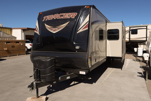 2017 PRIME TIME TRACER 2750RBS