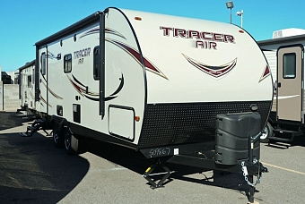 2016 PRIME TIME TRACER 235AIR