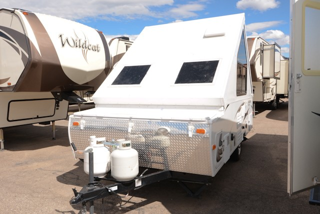 2013 FOREST RIVER ROCKWOOD A 128 S