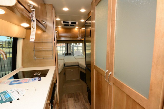 2019-COACHMEN-GALLERIA-24AM-Lithium-ion-19GAL24AM-47772.jpg