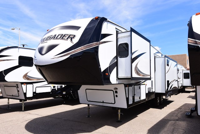 2019 PRIME TIME CRUSADER 340RST